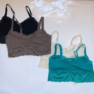 Set of 4 Soma bralettes size Small!